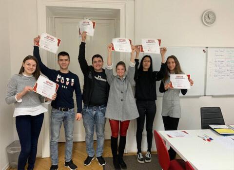 Kursabschluss A2.2. im Februar 2019 – wir lernen Deutsch in Wien mit IFU zusammen.