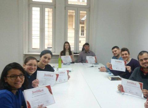 Kursabschluss A2.2., A2.1., B1.1. im Januar 2018 – wir lernen Deutsch in Wien mit IFU zusammen.