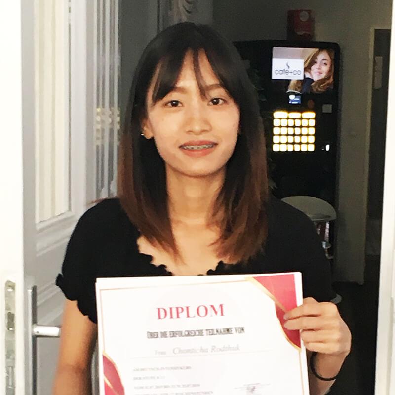 Chonticha Rodthuk, B2.1 (Thai)